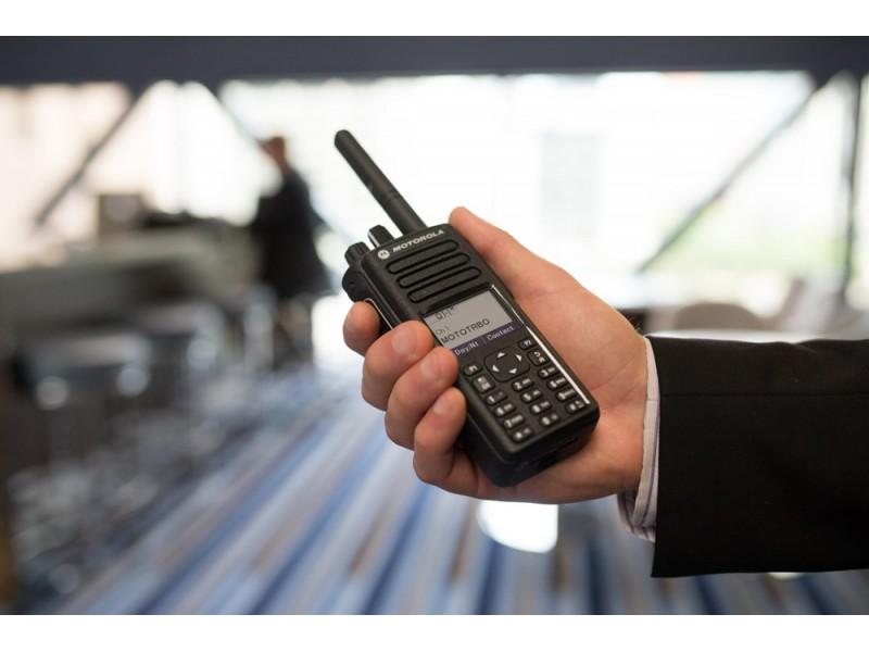 Motorola DP4801e Mototrbo Ψηφιακός Ασύρματος πομποδέκτης VHF